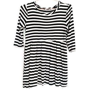 audrey 3+1 black and white striped babydoll top